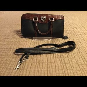 Brighton Leather Crossbody Wallet